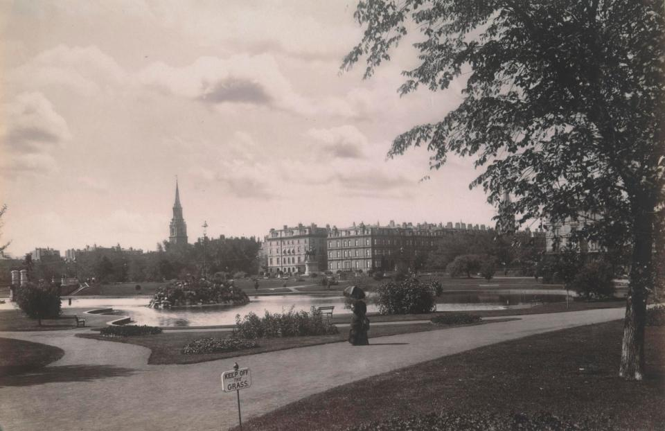View Across the Public Garden towards Arlington and Beacon Streets (ca. 1890), John P. Soule, photographer; courtesy of the Boston Athenaeum