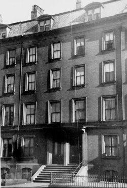153-155 Beacon (ca. 1942), photograph by Bainbridge Bunting, courtesy of The Gleason Partnership