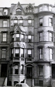 165 Beacon (ca. 1942), photograph by Bainbridge Bunting, courtesy of the Boston Athenaeum