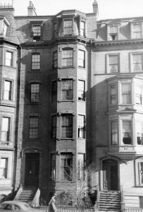 221 Beacon (ca. 1942), photograph by Bainbridge Bunting, courtesy of The Gleason Partnership