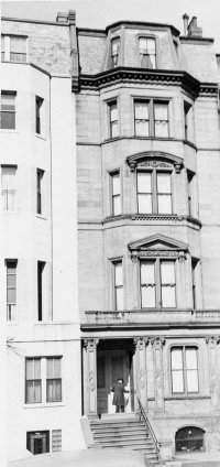 Portion of 234 Beacon (ca. 1942), on left, showing remodeling, with 232 Beacon to the right (copyright private collection)
