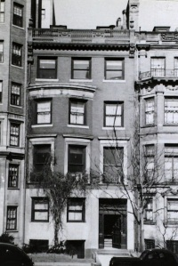 246 Beacon (ca. 1942), photograph by Bainbridge Bunting, courtesy of the Boston Athenaeum