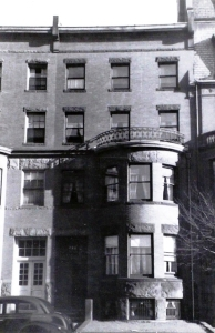 285 Beacon (ca. 1942), photograph by Bainbridge Bunting, courtesy of the Boston Athenaeum