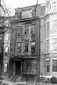 397 Beacon (ca. 1942), photograph by Bainbridge Bunting, courtesy of The Gleason Partnership