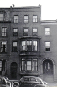 411 Beacon (ca. 1942), photograph by Bainbridge Bunting, courtesy of the Boston Athenaeum