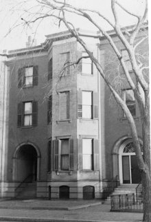 415 Beacon (ca. 1942), photograph by Bainbridge Bunting, courtesy of The Gleason Partnership