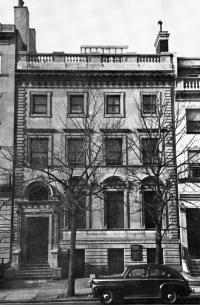 420 Beacon (ca. 1942), photograph by Bainbridge Bunting, courtesy of the Boston Athenaeum