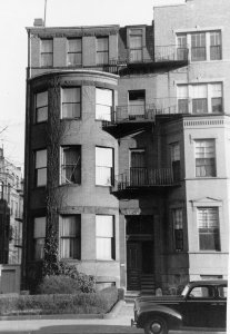 441 Beacon (ca. 1942), photograph by Bainbridge Bunting, courtesy of The Gleason Partnership
