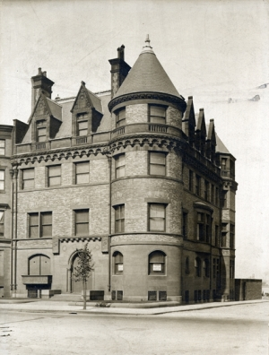 448 Beacon (ca. 1919), courtesy of the Bostonian Society