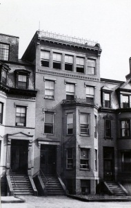 449 Beacon (ca. 1942), photograph by Bainbridge Bunting, courtesy of the Boston Athenaeum