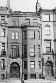 452 Beacon (ca. 1942), photograph by Bainbridge Bunting, courtesy of The Gleason Partnership