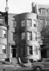 453 Beacon (ca. 1942), photograph by Bainbridge Bunting, courtesy of The Gleason Partnership