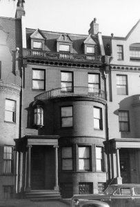 467 Beacon (ca. 1942), photograph by Bainbridge Bunting, courtesy of The Gleason Partnership