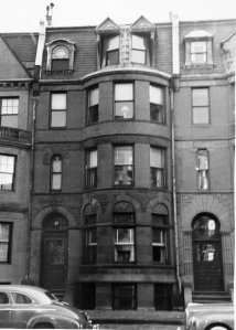 471 Beacon (ca. 1942), photograph by Bainbridge Bunting, courtesy of The Gleason Partnership