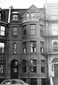 473 Beacon (ca. 1942), photograph by Bainbridge Bunting, courtesy of The Gleason Partnership