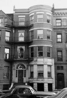 475 Beacon (ca. 1942), photograph by Bainbridge Bunting, courtesy of The Gleason Partnership