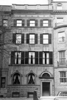 478 Beacon (ca. 1942), photograph by Bainbridge Bunting, courtesy of The Gleason Partnership