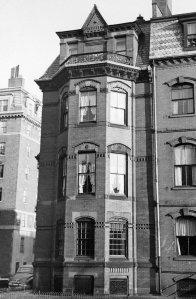 270 Clarendon, Marlborough façade (ca. 1942), photograph by Bainbridge Bunting, courtesy of The Gleason Partnership
