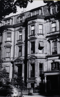 44 Commonwealth (ca. 1942), photograph by Bainbridge Bunting, courtesy of the Boston Athenaeum