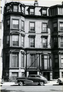 111 Commonwealth (ca. 1942), photograph by Bainbridge Bunting, courtesy of the Boston Athenaeum