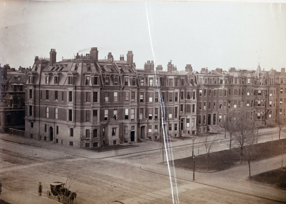 Looking northeast from the corner of Commonwealth and Dartmouth, taken from the Hotel Vendome in December 1883; Manning family album, courtesy of Historic New England