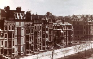 306 Dartmouth and 161-171 Commonwealth, detail of photograph taken from the Hotel Vendôme (ca. 1885); courtesy of the Print Department, Boston Public Library