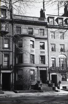 175 Commonwealth (ca. 1942), photograph by Bainbridge Bunting, courtesy of the Boston Athenaeum
