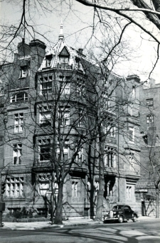19 Exeter (ca. 1942), photograph by Bainbridge Bunting, courtesy of the Boston Athenaeum
