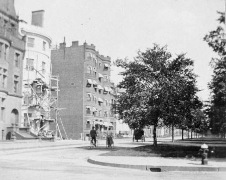 293-295 Commonwealth (ca. 1896-1897), courtesy Historic New England