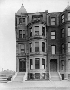 316 Commonwealth (ca. 1885); Soule Photograph Company, courtesy of Historic New England