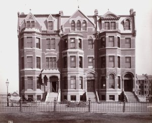 337-341 Commonwealth (ca. 1883), photograph by Albert Levy; Ryerson and Burnham Libraries Book Collection, The Art Institute of Chicago (Digital file #000000_100709-17).