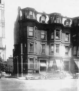 281-283 Dartmouth (ca. 1925); William T. Clark, photographer, courtesy of Historic New England