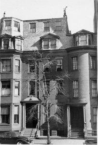 319-321 Dartmouth (ca. 1942), photograph by Bainbridge Bunting, courtesy of The Gleason Partnership