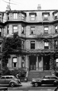 27 Marlborough (ca. 1942), photograph by Bainbridge Bunting, courtesy of the Boston Athenaeum