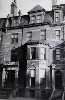 86 Marlborough (ca. 1942), photograph by Bainbridge Bunting, courtesy of the Boston Athenaeum