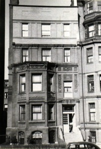 135 Marlborough (ca. 1942), photograph by Bainbridge Bunting, courtesy of the Boston Athenaeum