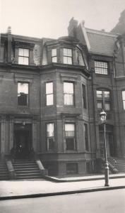176 Marlborough (ca. 1922), courtesy of the Boston City Archives, Street Lamp History Collection