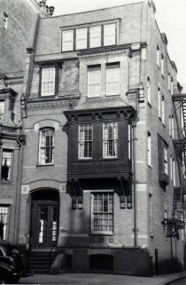 20 Fairfield (ca. 1942), photograph by Bainbridge Bunting, courtesy of the Boston Athenaeum