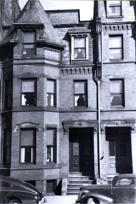 34 Fairfield (ca. 1942), photograph by Bainbridge Bunting, courtesy of the Boston Athenaeum