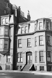 4 Gloucester (ca. 1942), photograph by Bainbridge Bunting, courtesy of The Gleason Partnership