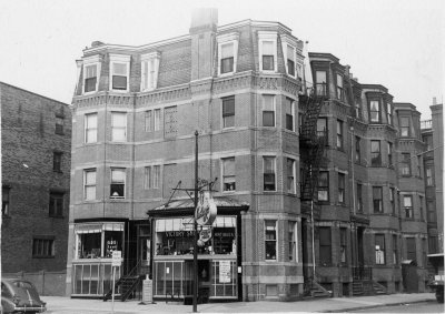 36 Gloucester (279-A Newbury) (ca. 1942), photograph by Bainbridge Bunting, courtesy of The Gleason Partnership