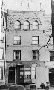 248 Marlborough (ca. 1942), photograph by Bainbridge Bunting, courtesy of the Boston Athenaeum