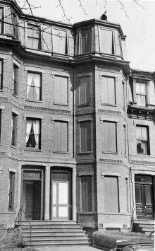 287 Marlborough (ca. 1942), photograph by Bainbridge Bunting, courtesy of The Gleason Partnership