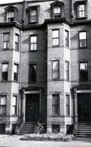 304 Marlborough (ca. 1942), photograph by Bainbridge Bunting, courtesy of the Boston Athenaeum