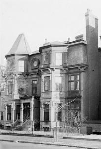 334 Marlborough (ca. 1942), photograph by Bainbridge Bunting, courtesy of The Gleason Partnership