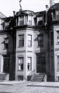 344 Marlborough (ca. 1942), photograph by Bainbridge Bunting, courtesy of the Boston Athenaeum