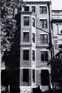 374 Marlborough (ca. 1942), photograph by Bainbridge Bunting, courtesy of the Boston Athenaeum