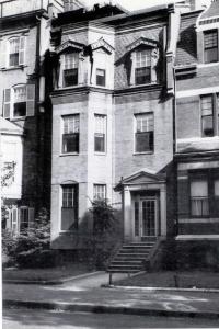378 Marlborough (ca. 1942), photograph by Bainbridge Bunting, courtesy of the Boston Athenaeum