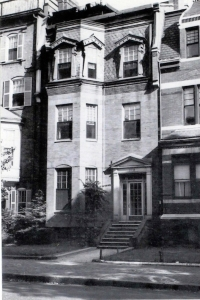 378 Marlborough (ca. 1942), photograph by Bainbridge Bunting, courtesy of the Boston Athenaeum