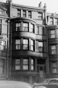 388 Marlborough (ca. 1942), photograph by Bainbridge Bunting, courtesy of The Gleason Partnership